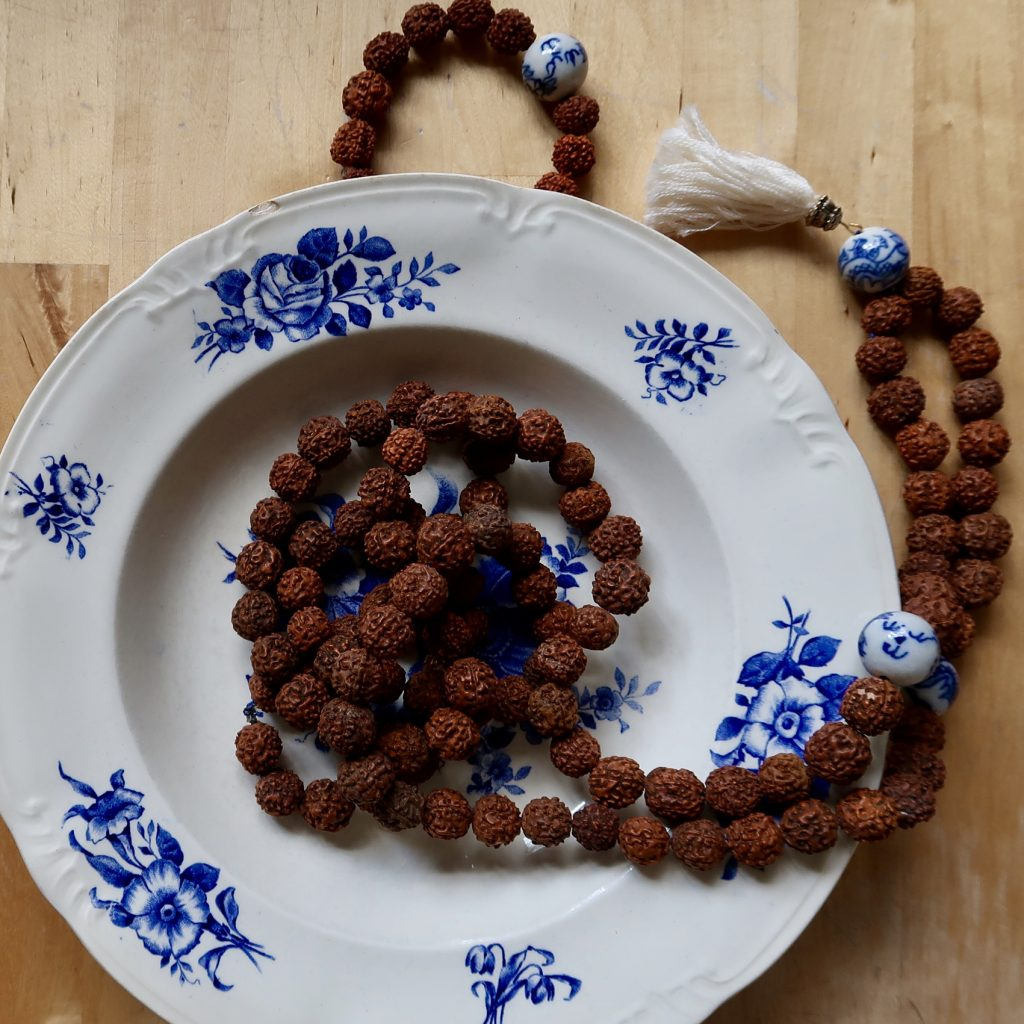 meditatie mala sieraad prayerbeads rudraksha